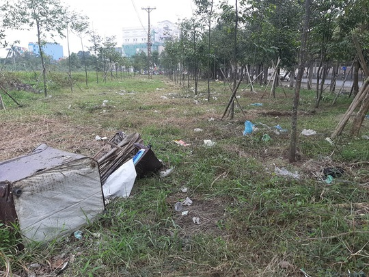 """Cận cảnh khu """"đất vàng"""" xây dựng trụ sở ngàn tỉ bỏ hoang của tỉnh nghèo Nghệ An - Ảnh 1."""