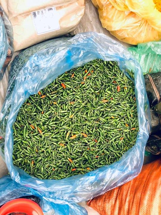 Đến Hà Giang khám phá vẻ đẹp đầy sắc màu của chợ phiên Đồng Văn - Ảnh 3.