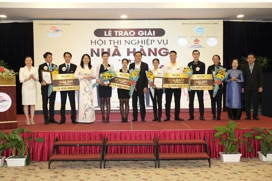 Trao giải Hội thi nghiệp vụ nhà hàng TP HCM 2019 - Ảnh 1.