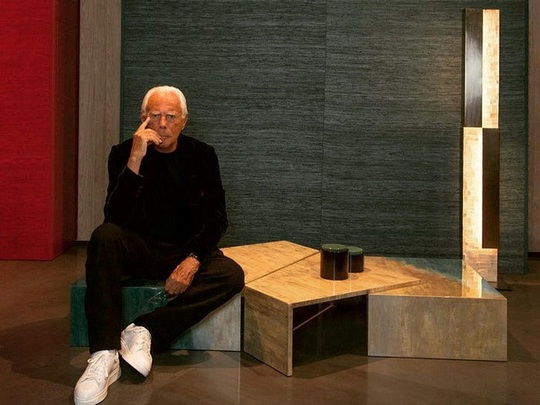 Khối tài sản hào nhoáng 11,2 tỉ USD của ông trùm thời trang Italy - Ảnh 6.