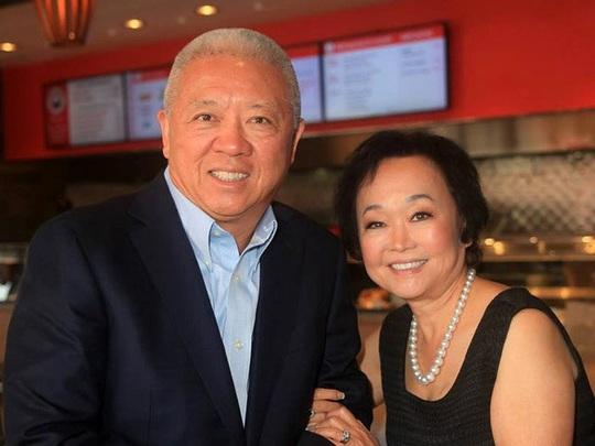Vợ chồng gốc Á làm giàu tại Mỹ, sở hữu 3 tỷ USD và 2.000 nhà hàng - Ảnh 1.