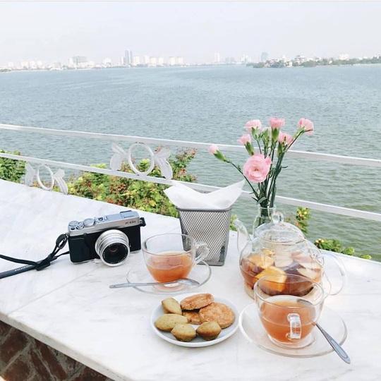 Thưởng trà và ngắm Hà Nội ngày đông - Ảnh 14.