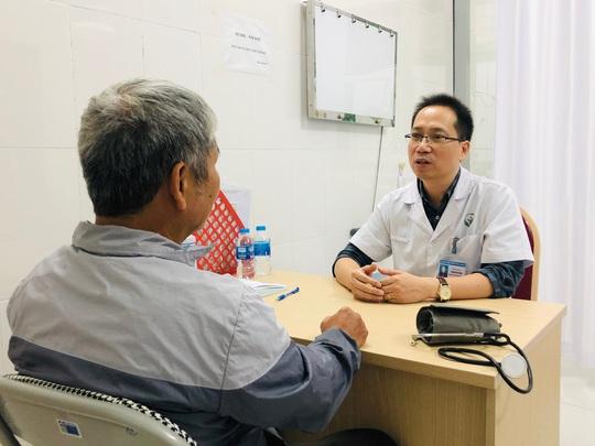 Bác sĩ chỉ ra 5 di chứng tai biến mạch máu não thường gặp nhất - Ảnh 2.