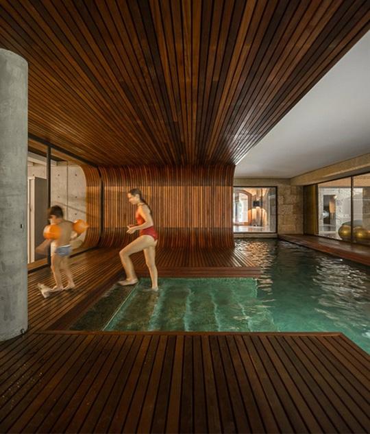 9 kiến trúc bể bơi trong nhà tuyệt đẹp - Ảnh 8.