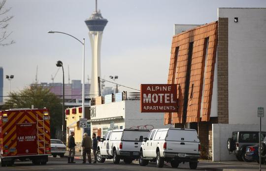 Căn hộ bốc cháy khiến 6 người chết, 13 người bị thương ở Las Vegas - Ảnh 4.