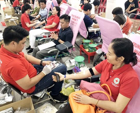 Phát động hiến máu tình nguyện - Ảnh 1.