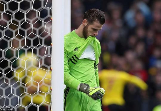 Paul Pogba tái xuất, Man United thua tan tác trước Watford - Ảnh 6.