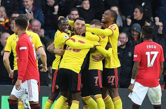 Paul Pogba tái xuất, Man United thua tan tác trước Watford - Ảnh 9.