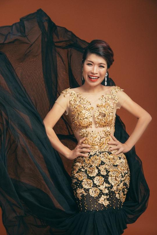 Diễn giả MC Thi Thảo chào đón Giáng sinh bằng bộ hình ấn tượng - Ảnh 6.