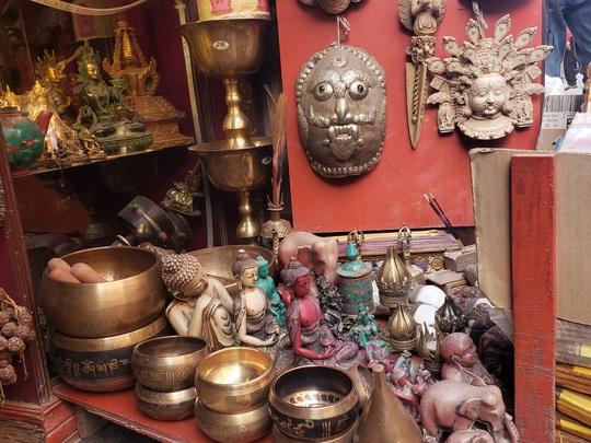 Cuộc sống bình lặng đến bất ngờ ở Nepal - Ảnh 3.