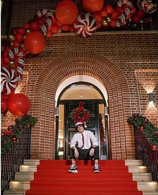 Kỳ nghỉ Giáng sinh đầy sắc màu của sao bóng đá thế giới - Ảnh 19.