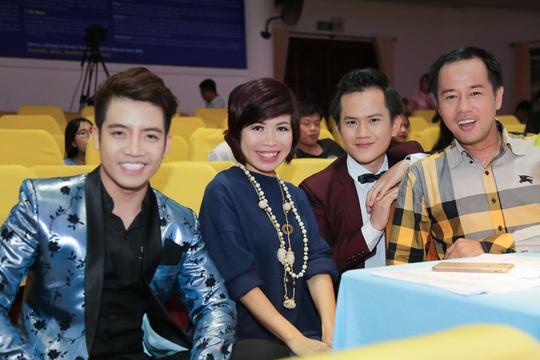 """Diễn giả, MC Thi Thảo: """"Cái duyên"""" gắn kết với sinh viên - Ảnh 1."""