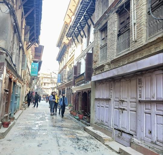 Cuộc sống bình lặng đến bất ngờ ở Nepal - Ảnh 4.