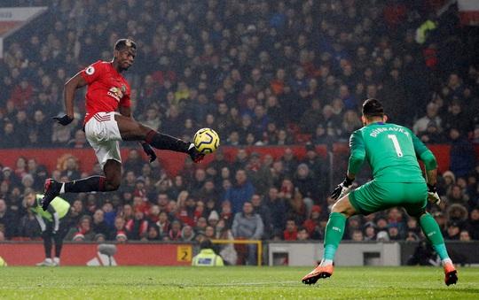 Newcastle dâng bàn thắng, Man United ngược dòng ngoạn mục - Ảnh 5.