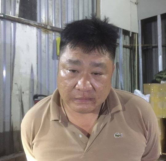 Khởi tố 4 bị can buôn lậu quá cảnh từ Sân bay Tân Sơn Nhất - Ảnh 1.