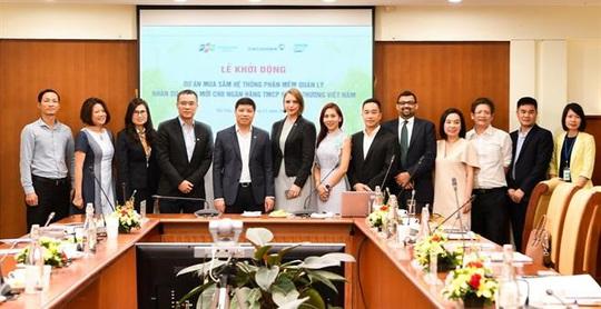 FPT IS triển khai Hệ thống quản trị nhân sự cho Vietcombank - Ảnh 1.