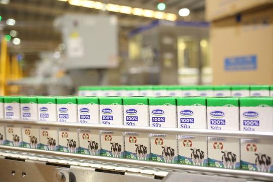 Vinamilk thông cáo về nguồn nguyên liệu sản xuất các sản phẩm sữa - Ảnh 1.