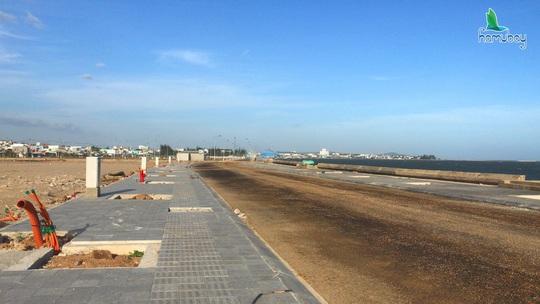 Bình Thuận: Tìm giải pháp để đẩy nhanh tiến độ cho dự án Hamubay - Ảnh 4.