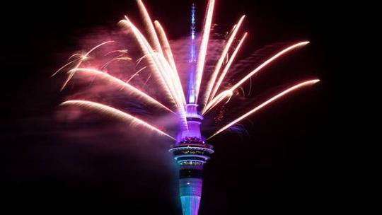 Úc vẫn rực rỡ pháo hoa mừng năm mới 2020 - Ảnh 24.