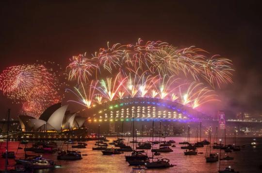 Úc vẫn rực rỡ pháo hoa mừng năm mới 2020 - Ảnh 15.