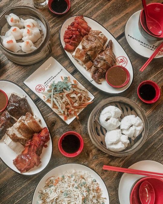 Cùng hội bạn đón năm mới tại 4 quán ăn mở xuyên đêm tại TP HCM - Ảnh 12.
