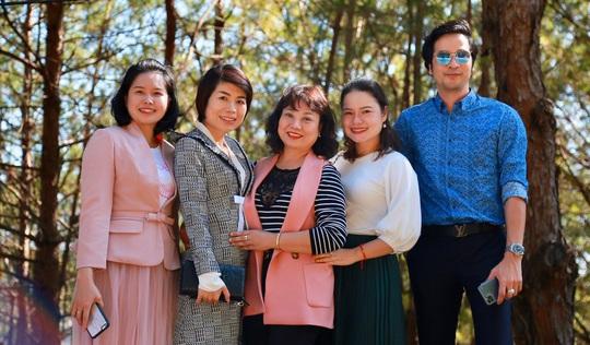 Quỹ Trái tim nhân ái về Gia Lai bàn giao công trình cho Trường Tiểu học Bong Hiot - Ảnh 11.