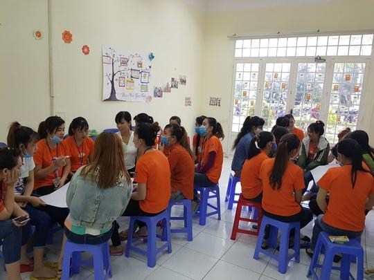Công ty TNHH May mặc Triple Việt Nam: Bồi dưỡng kỹ năng cho nữ công nhân - Ảnh 1.