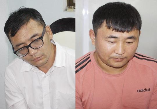 Bắt 2 người nước ngoài trộm tiền khách Hồng Kông tại Đà Nẵng - Ảnh 1.