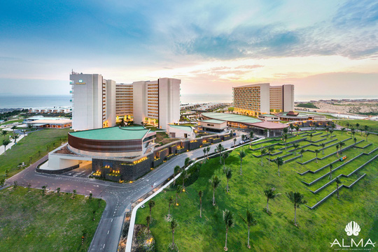 Bãi Dài Cam Ranh - nhiều dự án cao cấp đi vào khai thác - Ảnh 1.