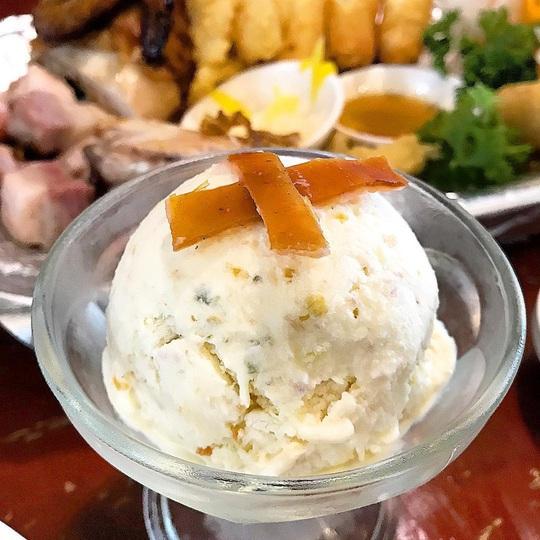 Ăn thử kem trứng cá sấu ở Philippines - Ảnh 6.