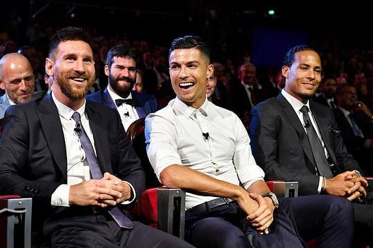 Đội hình trong mơ Quả bóng vàng: Messi và Ronaldo sánh vai huyền thoại - Ảnh 6.