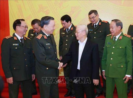 Tổng Bí thư, Chủ tịch nước: Đảng ủy Công an Trung ương phải lựa chọn thật tốt nhân sự - Ảnh 8.
