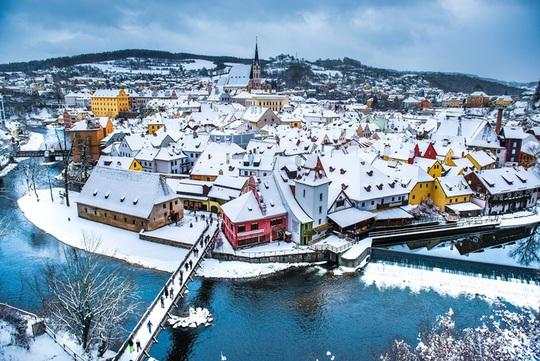 Khung cảnh tuyết phủ như xứ sở thần tiên ở châu Âu - Ảnh 2.
