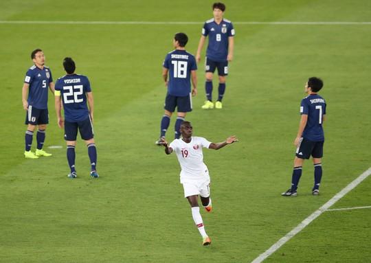 Clip: Qatar vô địch Asian Cup và những giọt nước mắt Samurai - Ảnh 2.