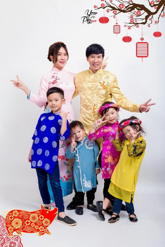 Gia đình Lý Hải - Minh Hà rực rỡ đón Xuân - Ảnh 8.
