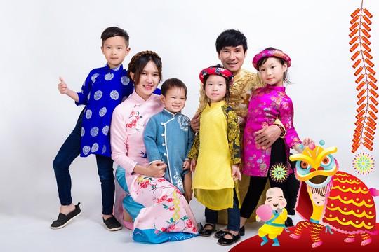 Gia đình Lý Hải - Minh Hà rực rỡ đón Xuân - Ảnh 5.