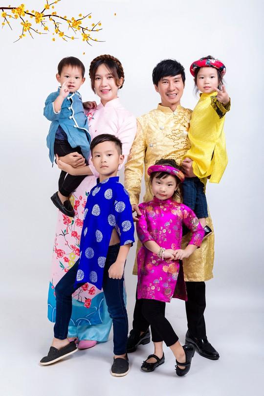 Gia đình Lý Hải - Minh Hà rực rỡ đón Xuân - Ảnh 7.