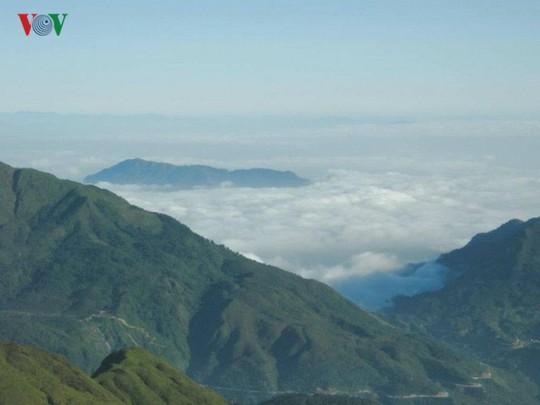 Du xuân Ô Quy Hồ - cung đèo huyền thoại ở vùng cao Tây Bắc - Ảnh 2.