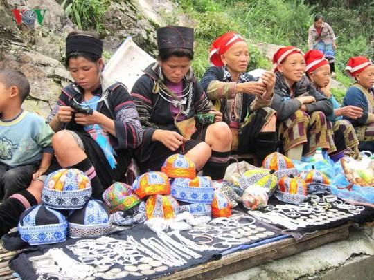 Du xuân Ô Quy Hồ - cung đèo huyền thoại ở vùng cao Tây Bắc - Ảnh 5.