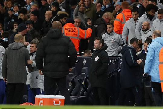 Chelsea thua tan tác, HLV Sarri có 7 ngày cứu ghế - Ảnh 3.