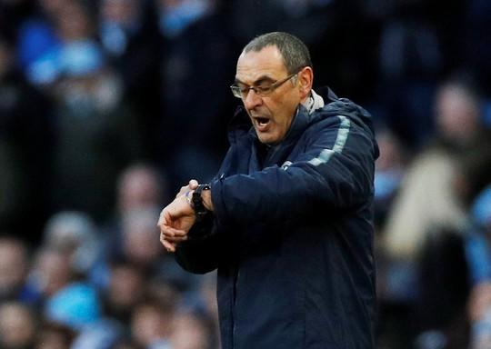Chelsea thua tan tác, HLV Sarri có 7 ngày cứu ghế - Ảnh 4.