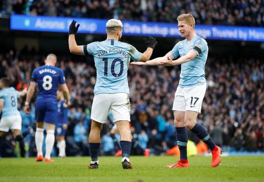 Man City tung hoành ở Etihad, tan tác Chelsea - Ảnh 5.