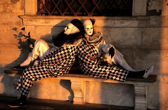 Đến Venice vào tháng 2, dự lễ hội hóa trang hoành tráng nhất năm - Ảnh 3.