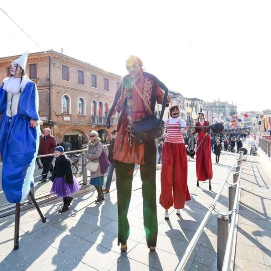 Đến Venice vào tháng 2, dự lễ hội hóa trang hoành tráng nhất năm - Ảnh 6.