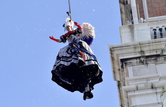 Đến Venice vào tháng 2, dự lễ hội hóa trang hoành tráng nhất năm - Ảnh 9.