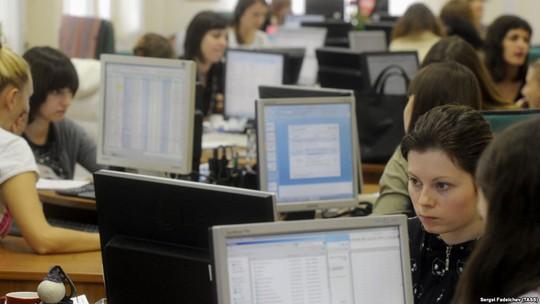 Nga sắp ngắt kết nối internet để chuẩn bị ứng phó chiến tranh mạng - Ảnh 1.