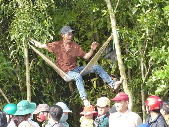 Sặc cười với các pha đua ngựa thồ Phú Yên - Ảnh 9.