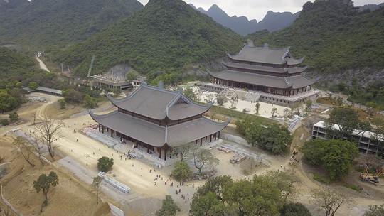 Ngôi chùa lớn nhất thế giới ở Hà Nam đón hàng vạn lượt khách - Ảnh 2.