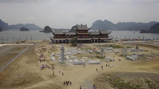 Ngôi chùa lớn nhất thế giới ở Hà Nam đón hàng vạn lượt khách - Ảnh 5.