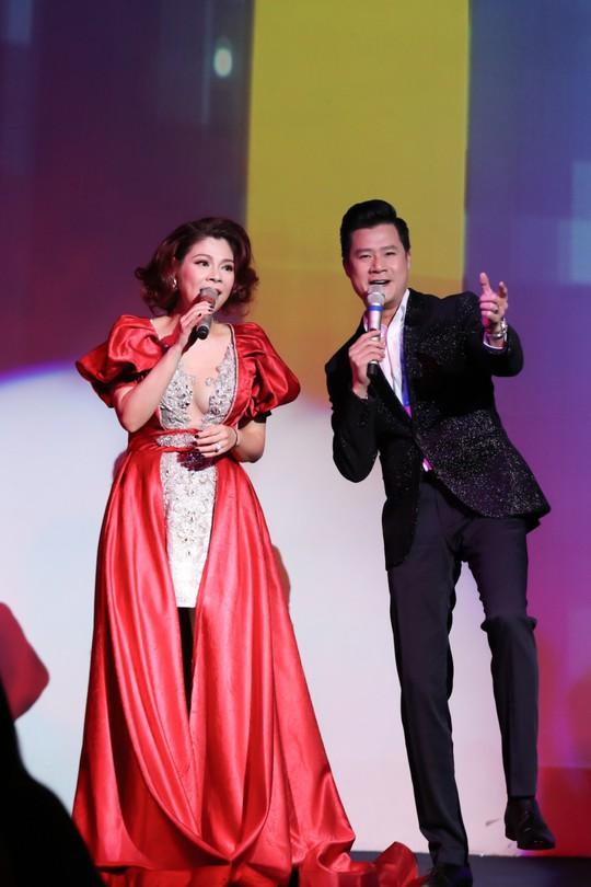 Thanh Thảo – Quang Dũng tái hợp trên sân khấu ngày tình nhân - Ảnh 4.